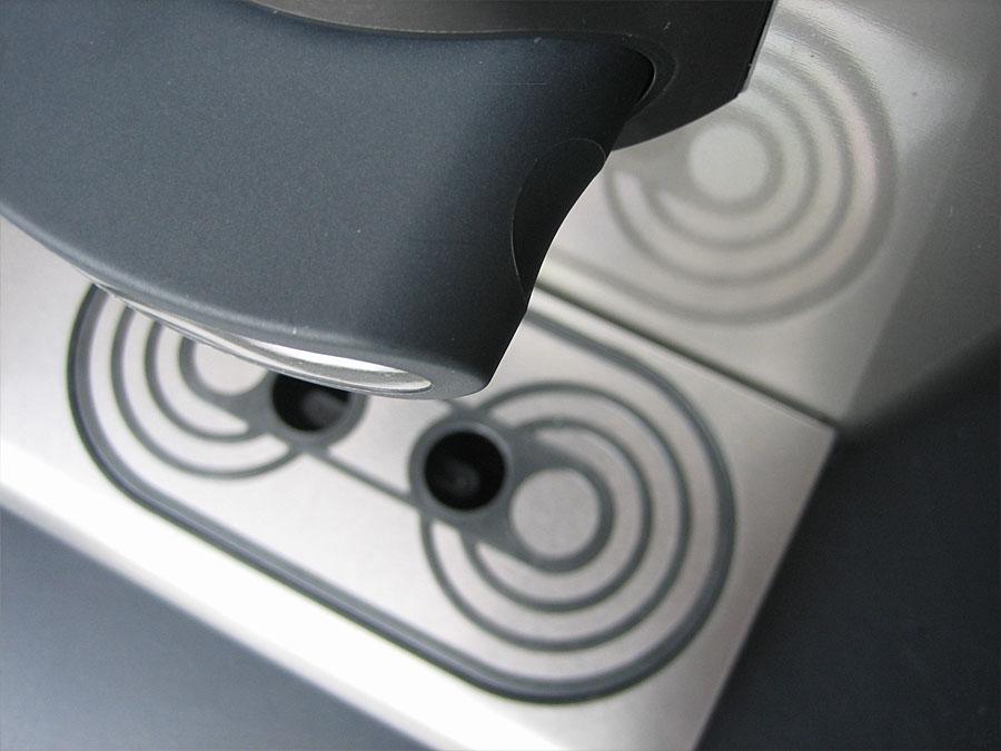 inventum-cafe-invento-coffee-pad-machine-dosing-point