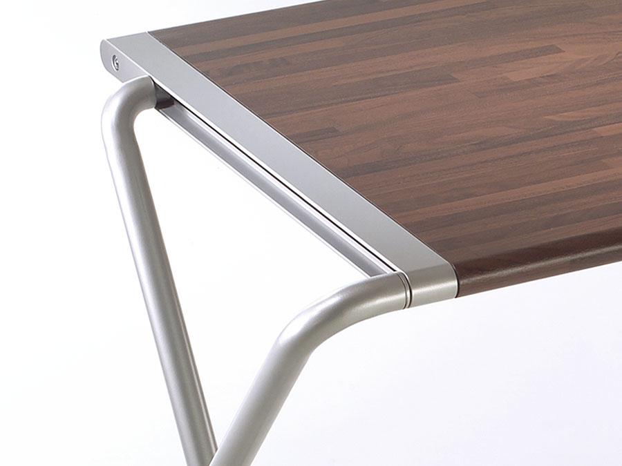 kembo-folding-table-detail