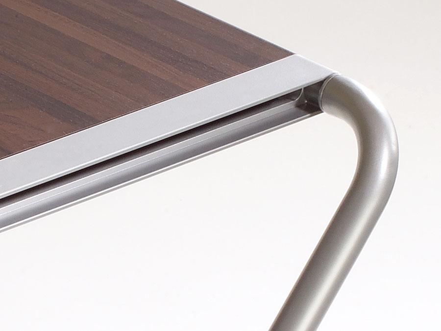 kembo-folding-table-rotation-point