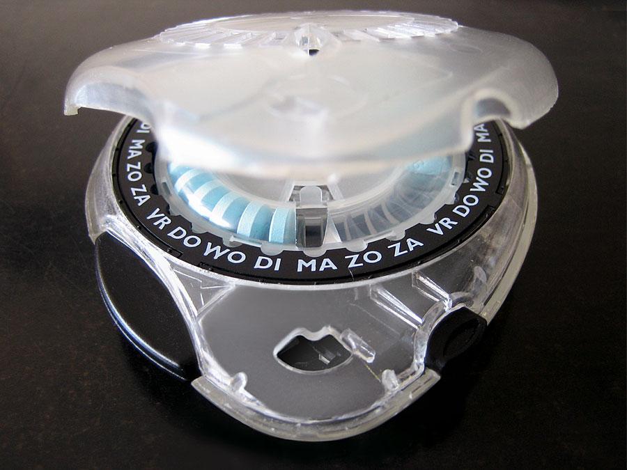 solvay-medication-dispenser-day-ring